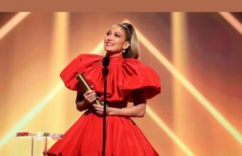 Η Jennifer Lopez δάκρυσε παραλαμβάνοντας το «Icon Award» των People's Choice Awards 2020 !