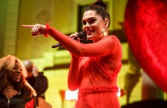 "H Jessie J θα κυκλοφορήσει Christmas album: ""This Christmas Days"""