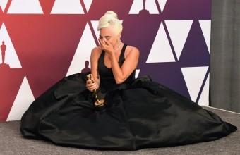To πρώτο Oscar της Lady Gaga της έφερε δάκρυα χαράς