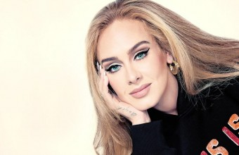 Adele: Μυστηριώδεις διαφημιστικές πινακίδες σε όλο τον κόσμο προαναγγέλλουν το άλμπουμ «30»