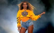 Η Beyoncé αναλαμβάνει την καλλιτεχνική επιμέλεια της «Vogue»
