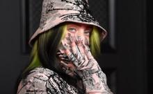 Η Billie Eilish παραδέχεται ότι «ντρέπεται» για την παλαιότερη συμπεριφορά της