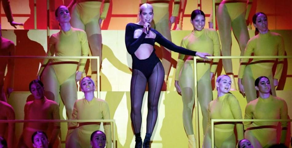 H Dua Lipa μάγεψε στην έναρξη των MTV EMA 2019 με το «Don't Start Now»