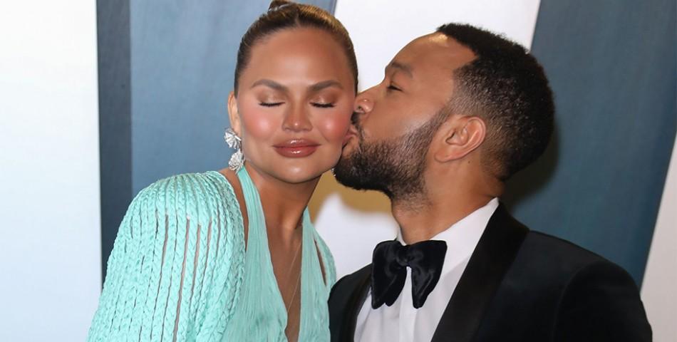 Ο John Legend αφιέρωσε την εμφάνιση του στα Billboard Music Awards στην σύζυγό του!