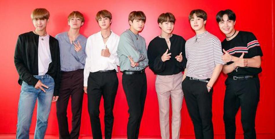 Οι BTS ανοίγουν pop-up διαδικτυακό κατάστημα!