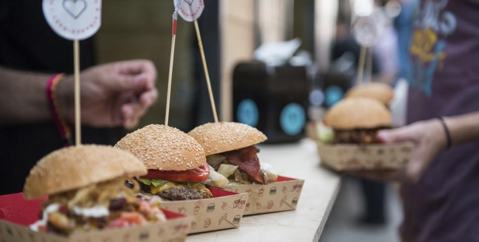 Τα ασυναγώνιστα PAX burgers κάνουν την εμφάνισή τους στο Thessaloniki Burger Fest 2019!